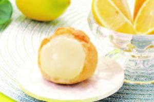 1806洋菓子のヒロタレモンシュークリーム.jpgのサムネイル画像